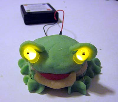 http://taccle2.eu/wp/wp-content/uploads/2015/01/squishy-circuits-LED-frog.jpg